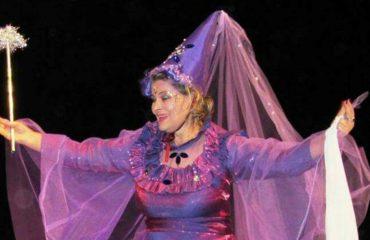 Florinda Mazreku: Në Teatrin e Kukullave që 18 vjeçe, skena u bë familja ime