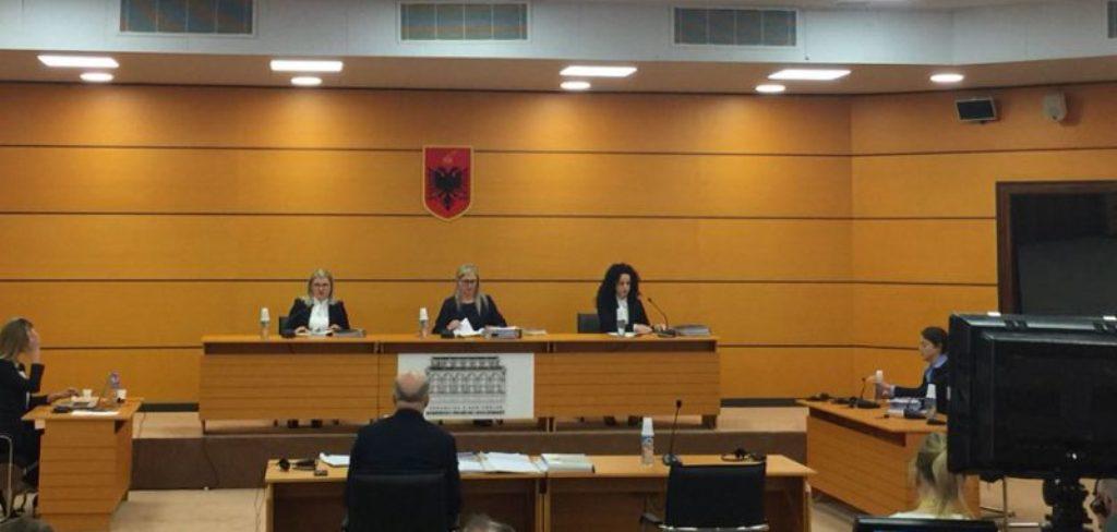 """""""Viktima"""" e parë e Vetingut, shkarkohet gjyqtari i Kushtetueses Fatos Lulo"""