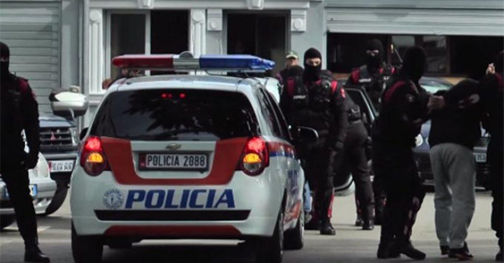 Arrestohet në Vlorë 32-vjeçari i shumëkërkuar, anëtar i bandës së Met Kananit