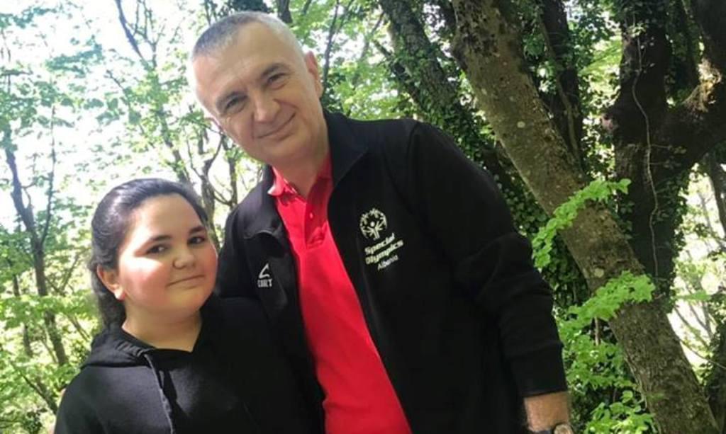 Presidenti apel nga Dajti, me vajzën e tij në Ditën e Tokës: Ta ruajmë natyrën!