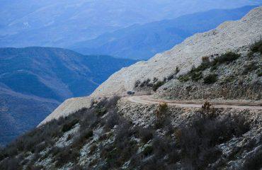 Humbën orientimin teksa vizitonin malin e Tomorrit, helikopteri i FA i shkon në ndihmë 5 personave