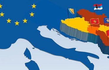 """FORUM I """"ALBANIAN FREE PRESS""""/ Kur do të hyjmë në Europë?"""