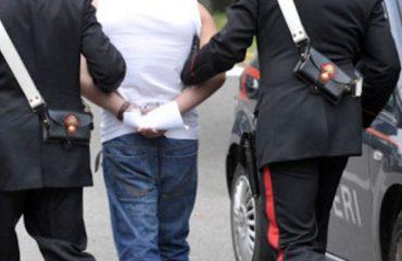 """Arrestohet """"koka"""" e trafikut të drogës në Reggio Emilia, shqiptari prangoset pasi iu dogj shtëpia"""