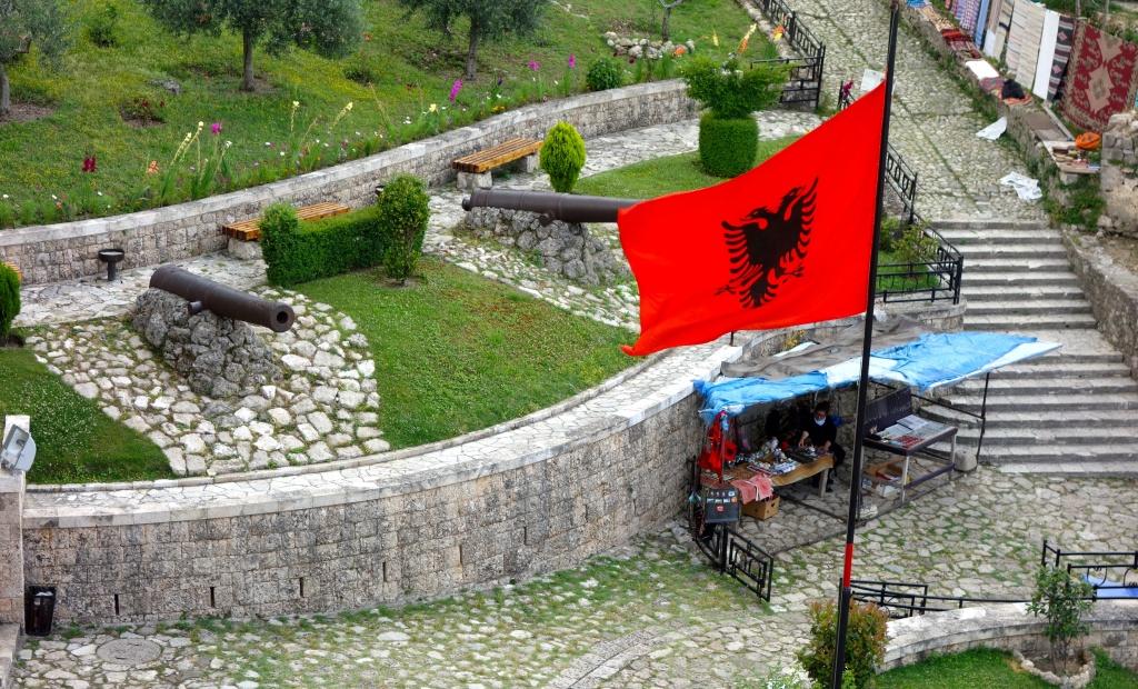 EU enlargement: Albania advances, Turkey backslides