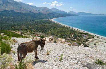 Revista italiane: Lista me 10 plazhet më të bukura pranë bregdetit Jon