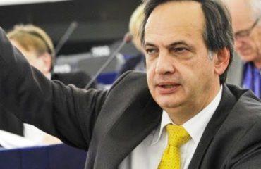 EURODEPUTETI/ Knut Fleckeninstein: Mos prisni arbitër nga Brukseli!