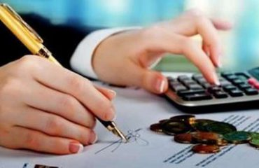 Bizneset bëhen të kujdesshëm, kërkojnë më pak kredi