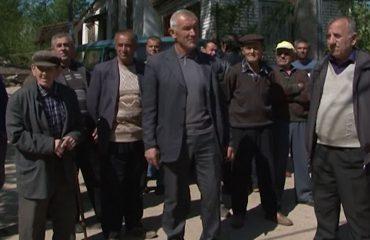 Banorët në Korçë dhe Elbasan protestojnë për mungesën e shërbimeve, pa ujë e pa urban
