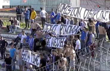 Berat/Tifozët e Tiranës krijojnë incidente për t'u gjobitur klubi i tyre