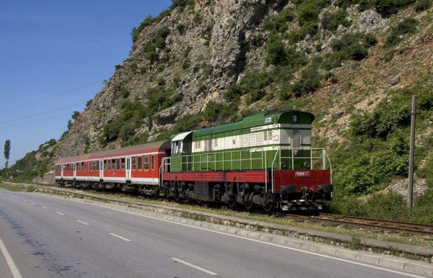 MARRËVESHJA/ BE-ja jep 35.4 milionë euro për  hekurudhën Tiranë-Durrës-Rinas