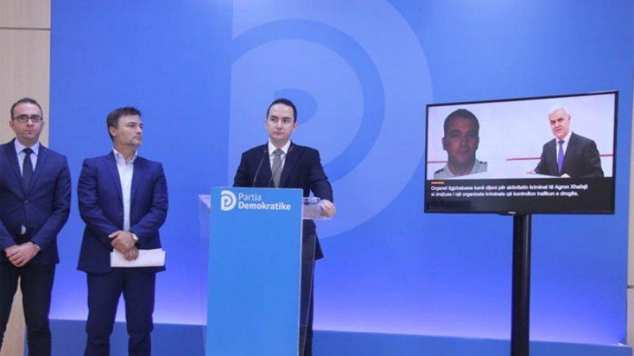 VIJOJNË AKUZAT/ PD publikon përgjime: Vëllai i ministrit, biseda me trafikantë