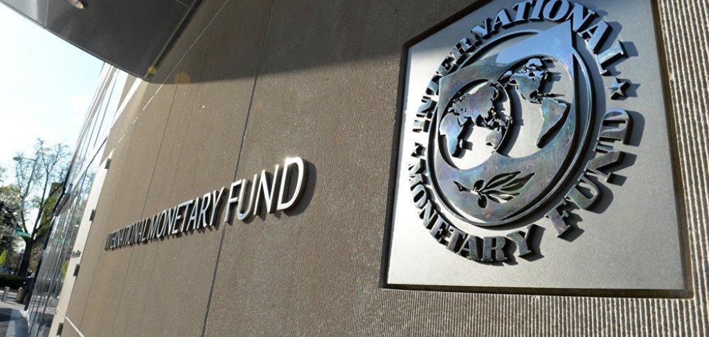 """FMN i """"përvishet"""" Shqipërisë: Ka rritje ekonomike, por borxhet janë problem dhe mjedisi për biznesin i vështirë"""
