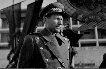 """""""Mehmet Shehu, letër Traktatit të Varshavës: Bazën e Vlorës s'do t'ua lëshojmë sovjetikëve!"""""""