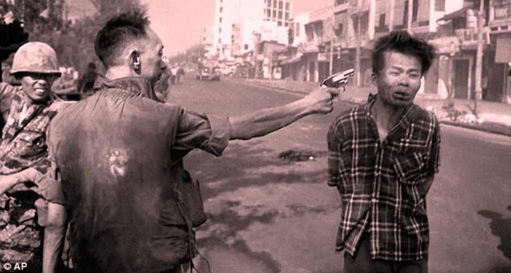 Historia e një fotoje që ktheu fatin e Luftës së Vietnamit, pse po ekzekutohet ky guerrilas komunist