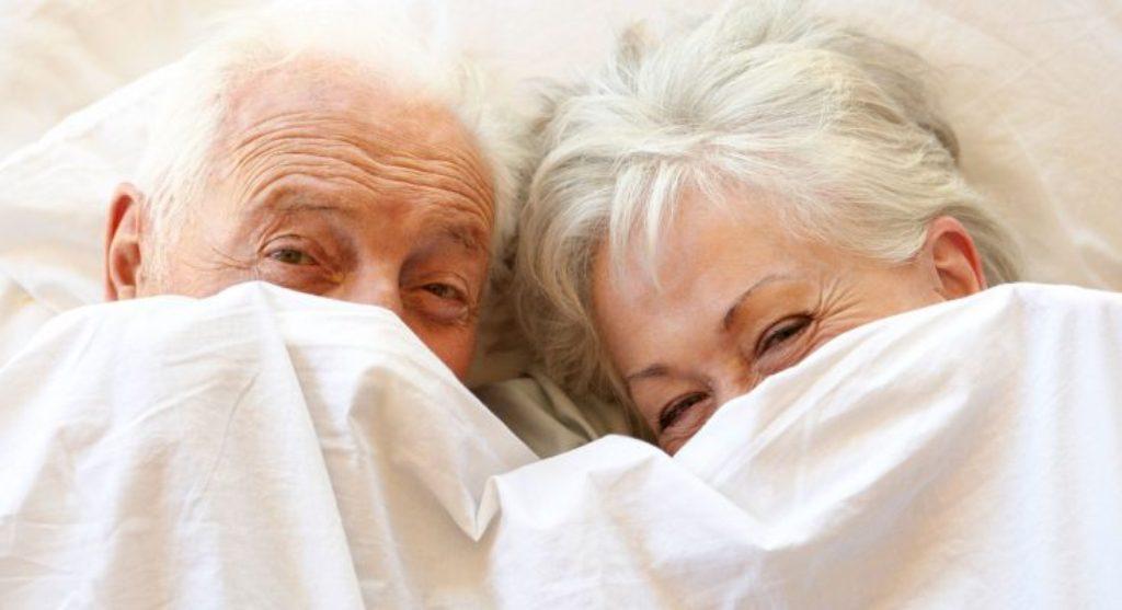 Seksualiteti dhe të moshuarit, sekreti i jetëgjatësisë në shtrat