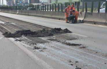 TIRANË-DURRËS/ Të hënën rifillojnë riparimet, si do të devijohet trafiku në superstradë