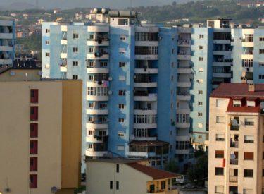 Shqiptarët kanë shtëpitë më të vogla në Europë, por ama janë pronarë