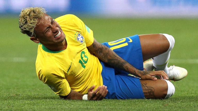 """Meksika e propozoi për """"Oscar"""", Neymar merret në mbrojtje nga legjendat e Brazilit"""