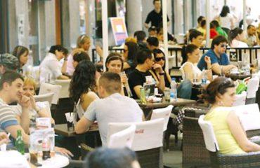 """Shqiptarët dembelë?! 31 % e popullsisë në moshën produktive i ka thënë """"Jo"""" punës, kryesojnë meshkujt"""