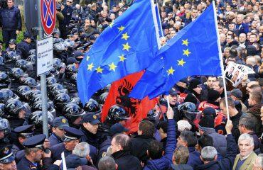 Eksperti holandez për FT: BE-ja duhet të mbrojë, jo të hedh poshtë reformat e Shqipërisë!