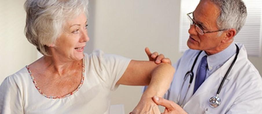 Artriti, si duhet ta kurojmë sëmundjen e rëndë të kockave