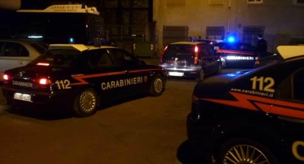 SHQIPTARËT NË ITALI/ Grabitje dhe rrëmbime personash, 23 të arrestuar nga tre banda