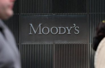 """""""Moody`s"""": Shqipëria po ecën mirë me  ekonominë e tregut, keq me korrupsionin"""