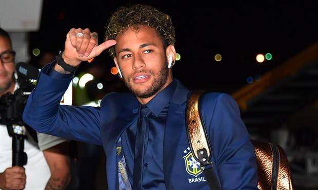 Brazili dhe Neymar mbërrijnë në Socci