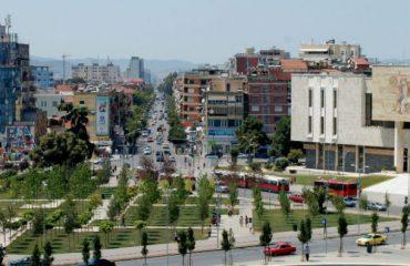 Tirana kryeson për peshën në ekonomi, por qarqe të tjera ia kalojnë për rritjen