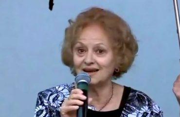 Roza Anagnosti i bashkohet protestës për Teatrin, ja fjala e aktores