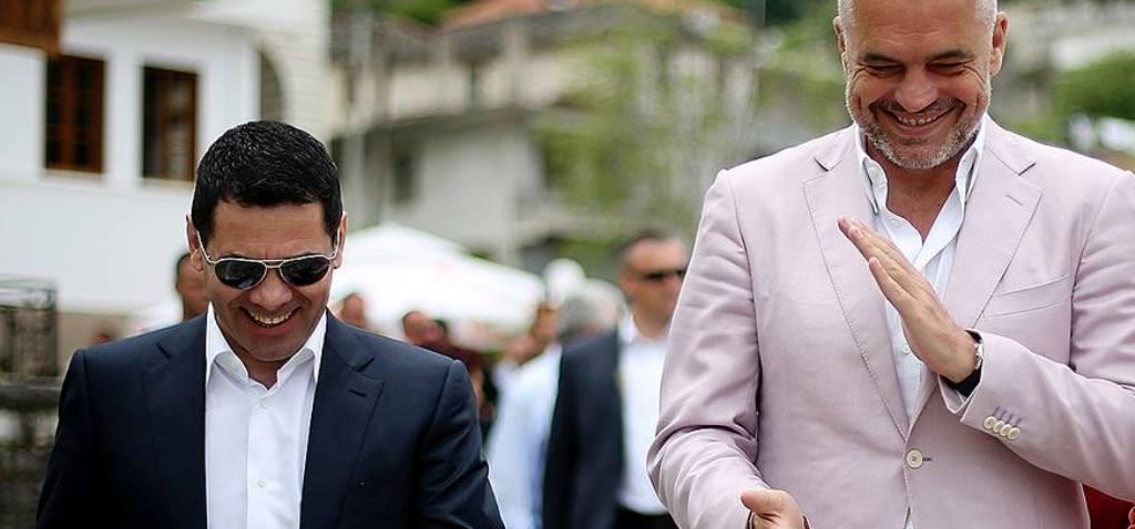 """""""ANTENA JASHTË FAMILJES""""/ Rama, Ahmetajt: Nise rrugën Tepelenë-Berat, kemi plot deputetë andej"""