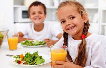 Këshilla, si t'i ushqeni fëmijët e sëmurë me veshka
