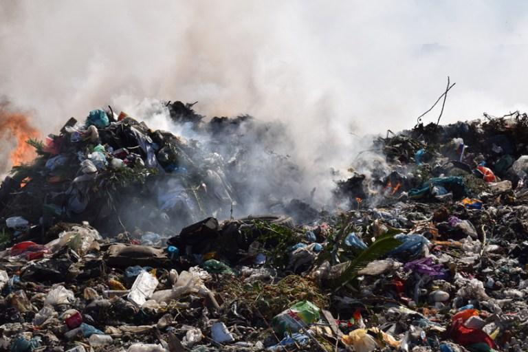 Ndotja në Porto-Romano, Këshilli Bashkiak shpall gjendjen e emergjencës mjedisore