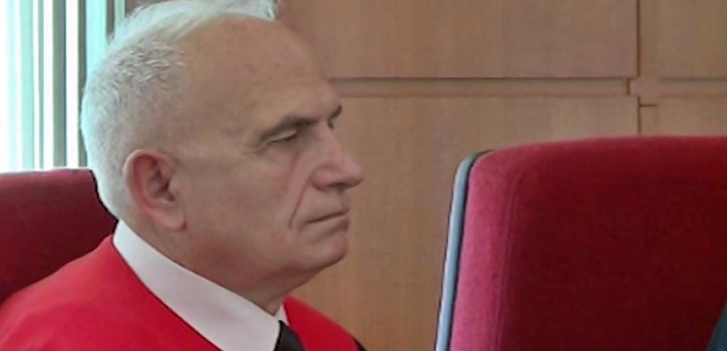 """Vetingu """"mbaron punë"""" me Gjykatën Kushtetuese, shkarkimi i Gani Dizdarit e katandis në vetëm dy anëtarë"""