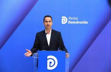 """Boçi """"sulmon"""" zv.ministrin e Arsimit: Dorëheqja pa ndjesë, simbol i degradimit të qeverisë"""