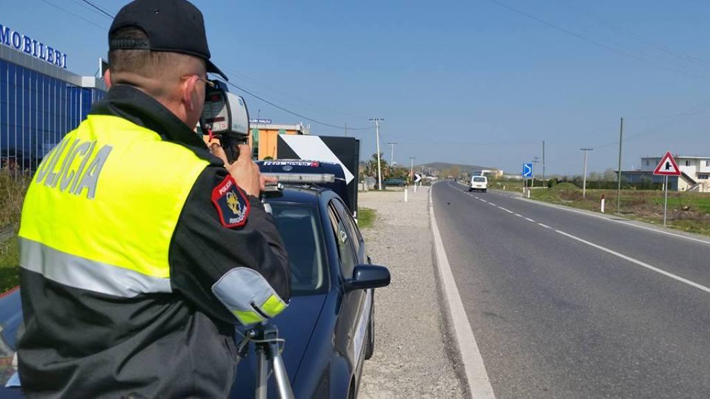Shtohet numri i aksidenteve prej femrave në timon, Rrugorja: Në një javë u kapën 8 drejtuese