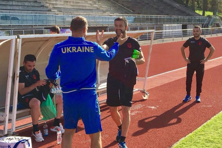 Ukraina i zgjat kontratën Shevcenkos