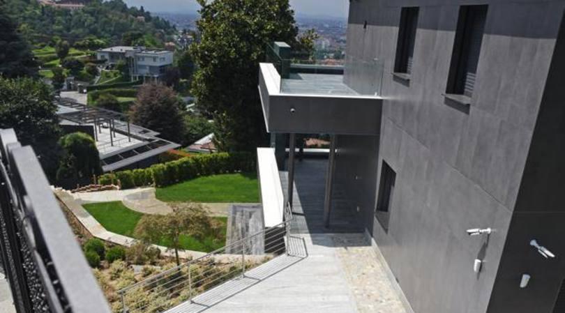 Luksi dhe epoka e Cristiano Ronaldos: vilë e dyfishtë në Torino