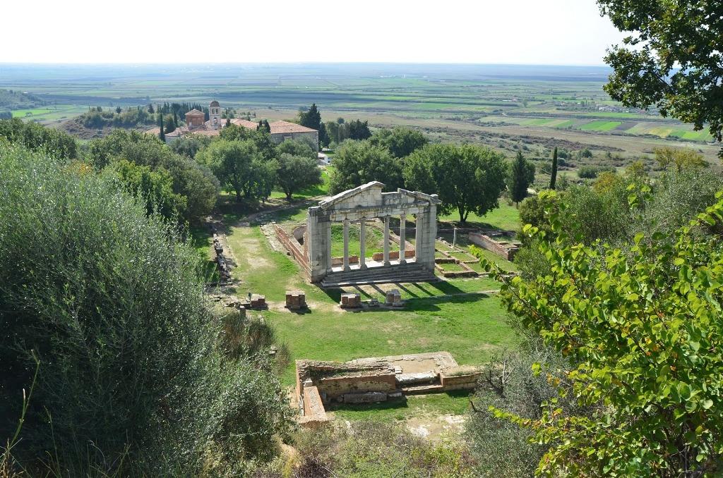 Apollonia pret vizitorë gjatë gjithë sezonit turistik (Rama pasqyron në video pamjet pas rinovimit)