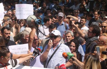MPs debate in parliament, artists and citizens demonstrate outside