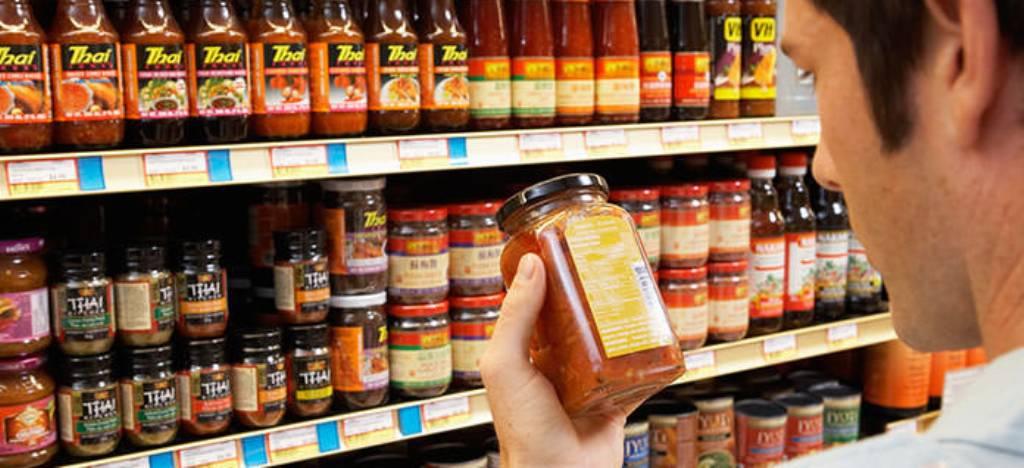 Ushqime më të sigurta, bizneset detyrohen t'u vënë etiketa me informacione të plota