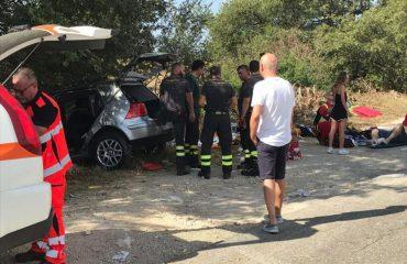Garë e çmendur para një resorti, vdes i riu shqiptar, katër të plagosur