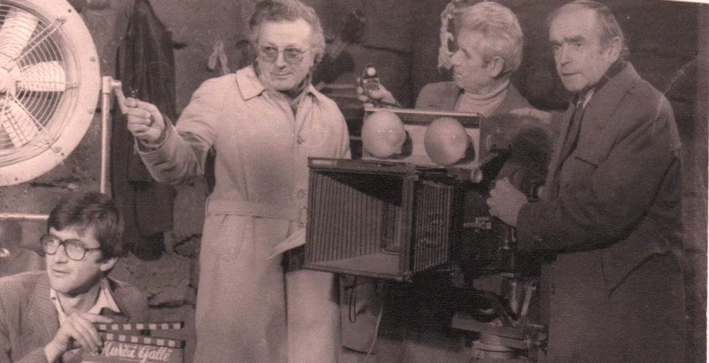 Ilir Demalia: Enveri, Ramizi, Foto Çami dhe Xhelil Gjoni, i shikonin filmat para se të shfaqeshin