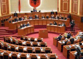DEBATI Kuvendi i hap rrugën prishjes së Teatrit K