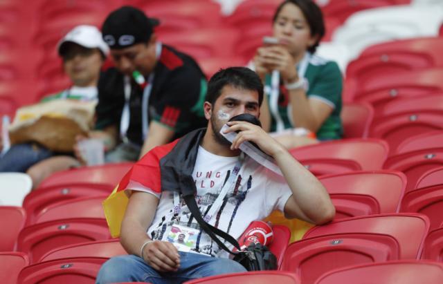 ANGLI-SUEDI/ Tifozët gjermanë blenë bileta deri në finale, vendet në stadium ngelën bosh
