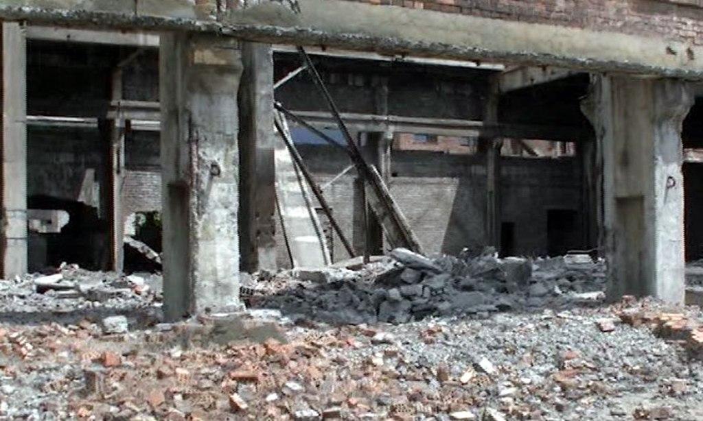 """""""Uzina e vdekjes"""" në Laç, humb jetën në spital edhe i plagosuri"""