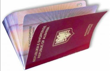 Decision on the visa-free travel triggers debates