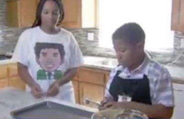 VIDEO/ Fëmija 8-vjeçar hap një biznes, shpreson të blejë një shtëpi për nënën e tij