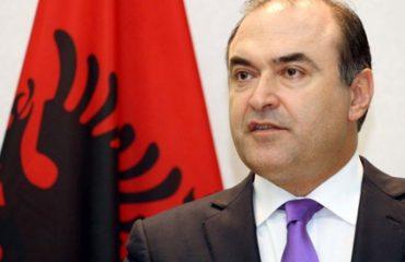Edmond Haxhinato: Shkëmbimi territoreve mes Kosovës dhe Serbisë një mendim arkaik