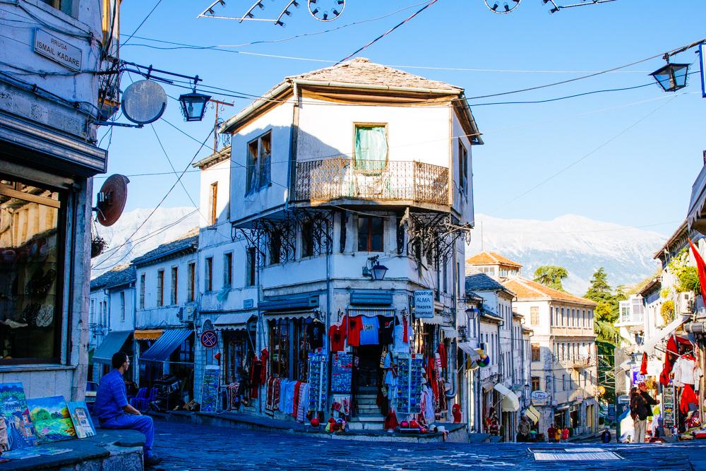Revista britanike: Zgjidhni Shqipërinë për pushime, Gjirokastra një perlë e vërtetë